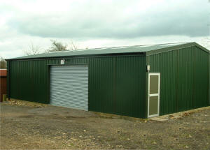 Prefabricated steel workshop building